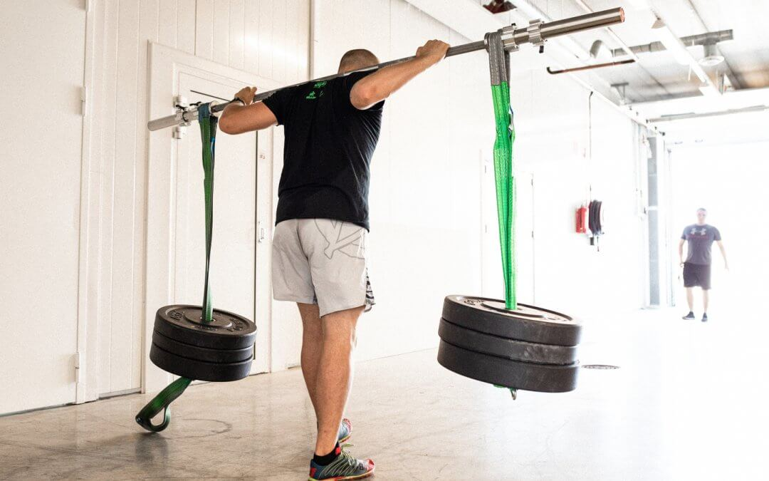 Kuinka tulla vahvaurheilijaksi – osa 3/4: Miten voimanostaja hyödyntää vahvaharjoittelun?